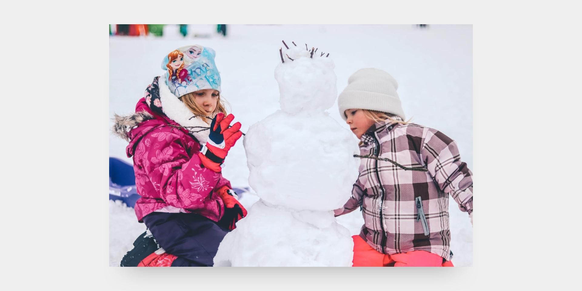Jouer dehors enfants - Les Rivières