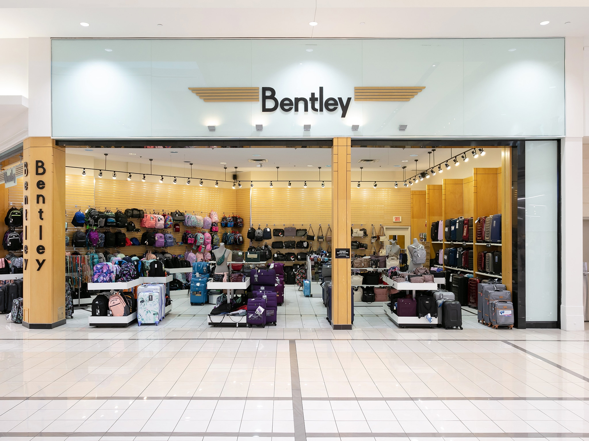 Bentley - Mail Champlain