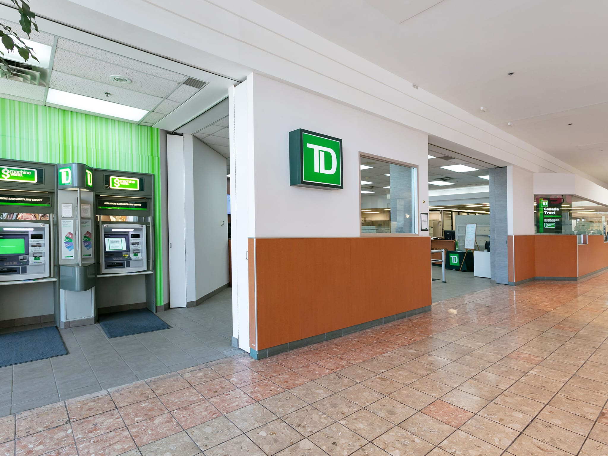 TD Canada Trust - galeries - rive - nord