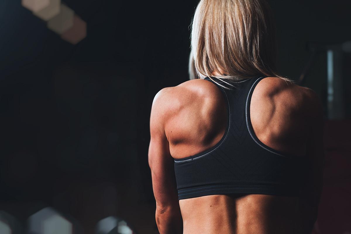 Choisir le bon soutien-gorge de sport : 4 étapes pour ne pas se tromper - Les Rivières