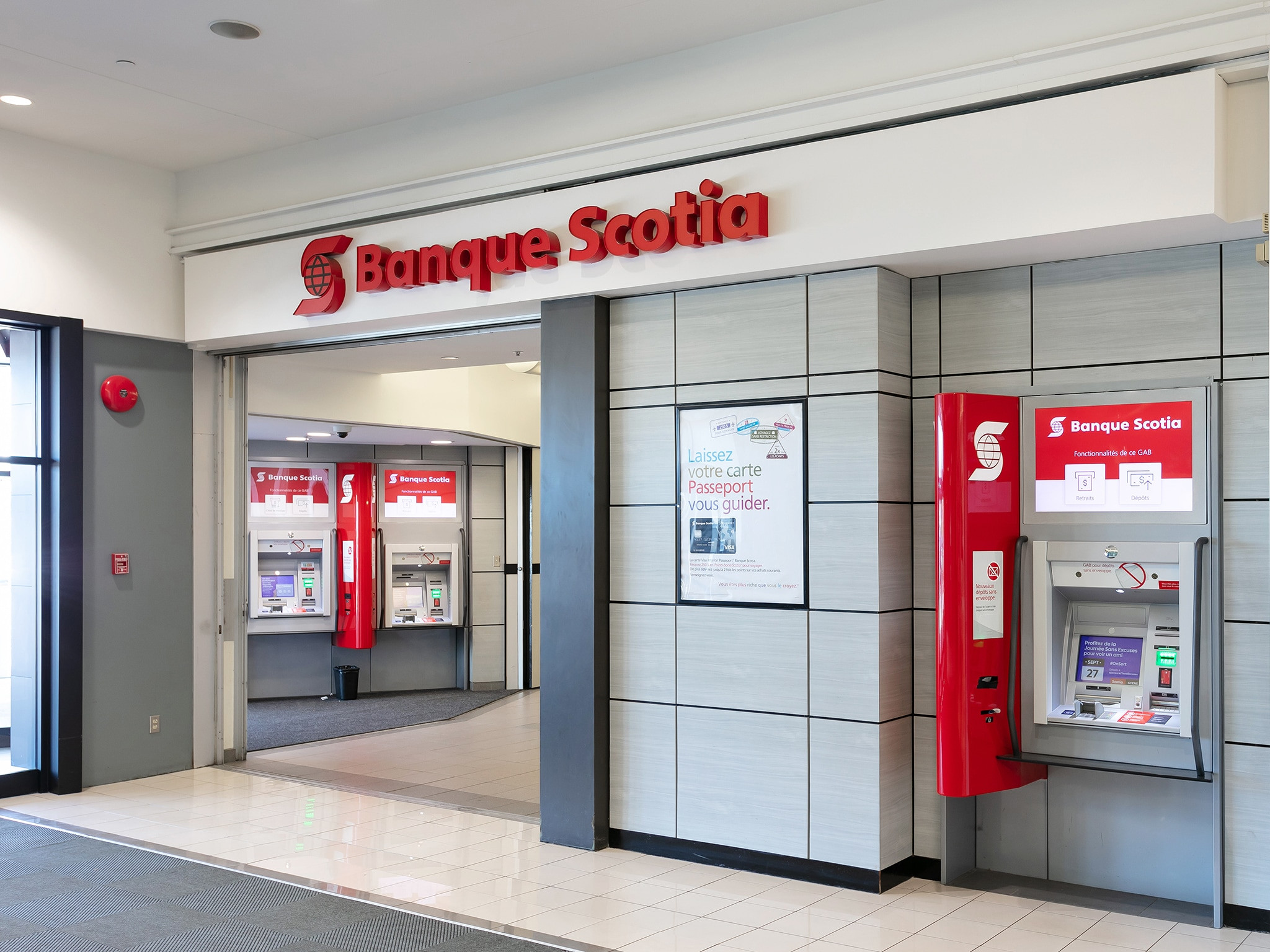 Banque Scotia - Mail Champlain