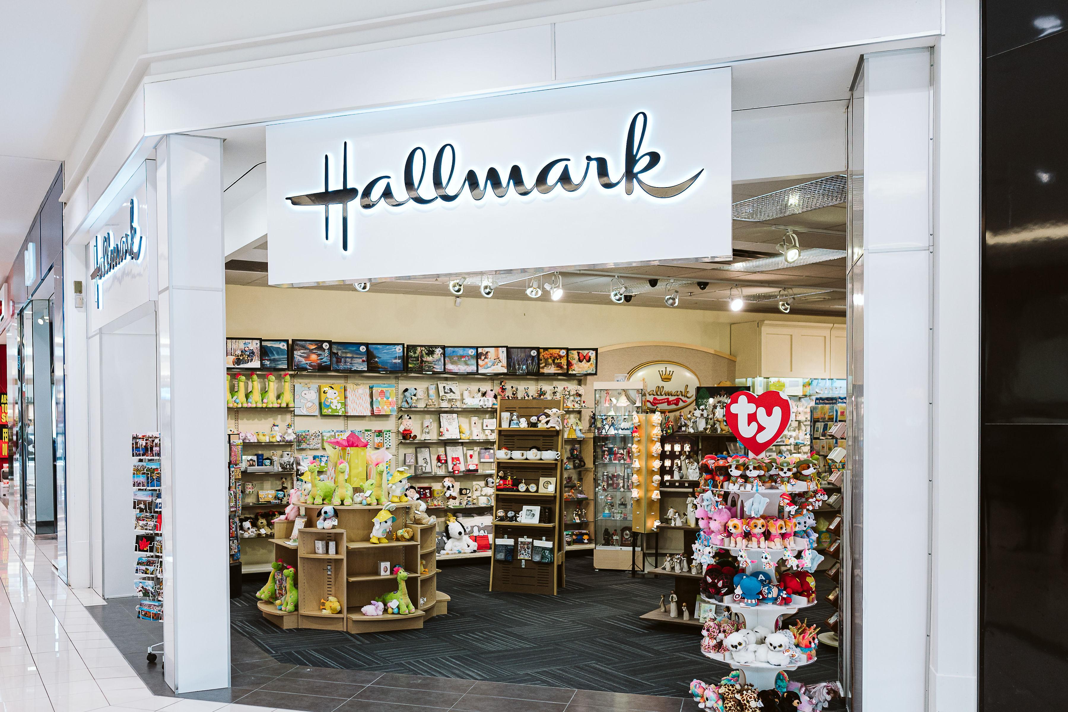 Hallmark - Mail Champlain