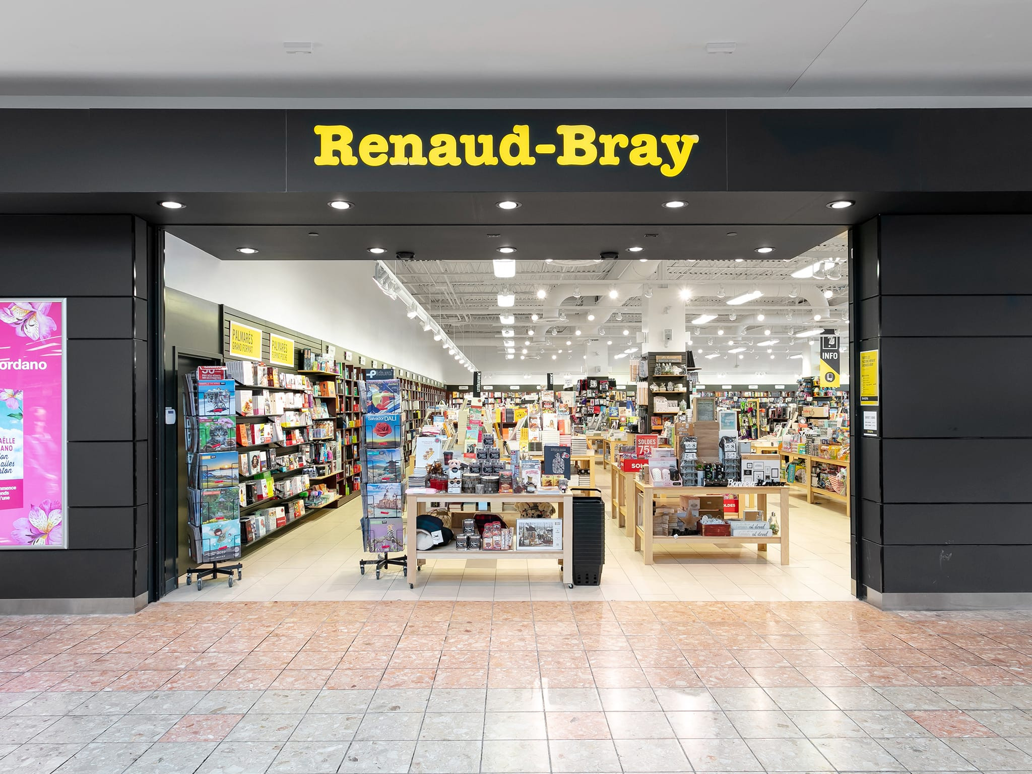 Renaud-Bray — Toutes les boutiques — Galeries Rive Nord