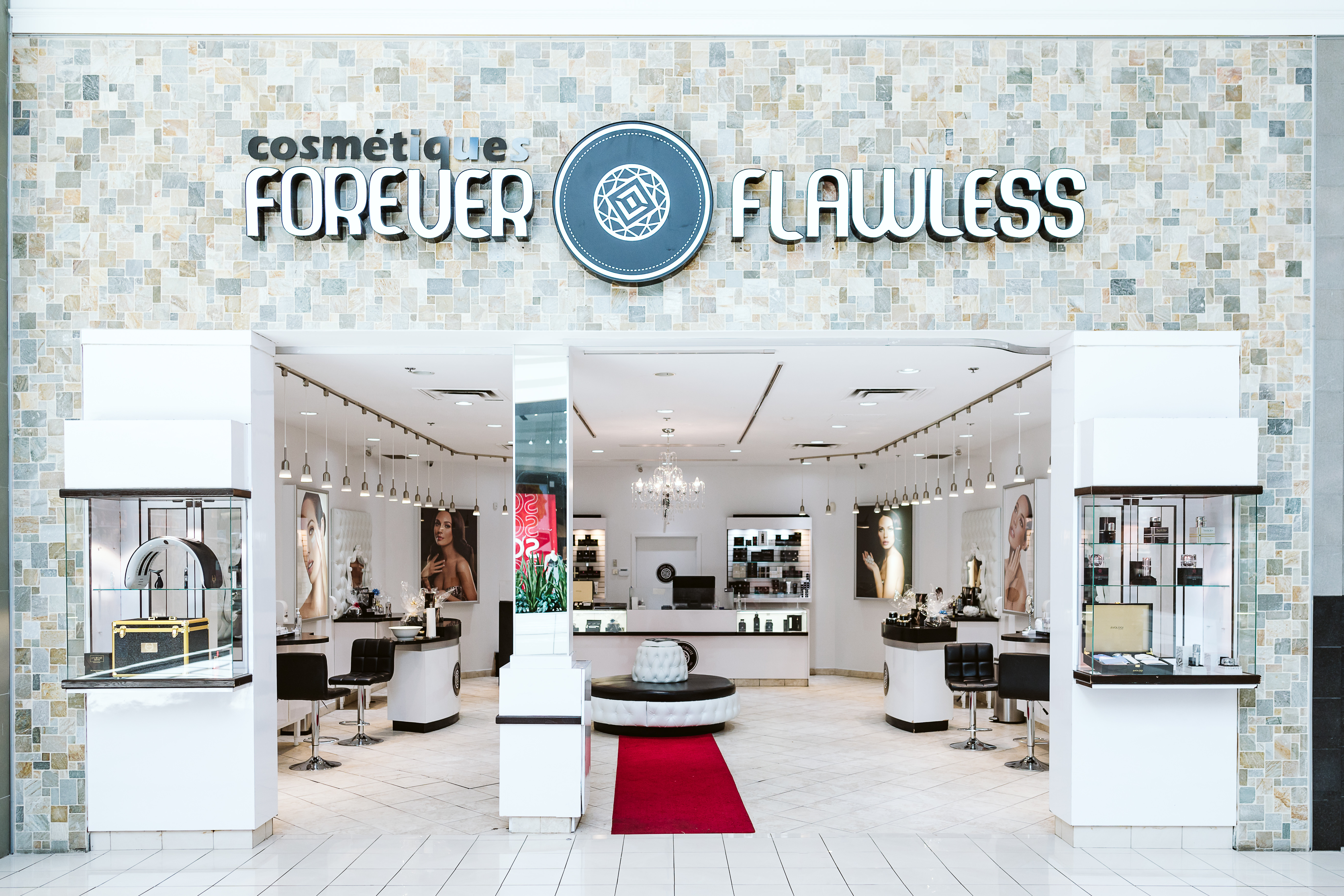 Forever Flawless Cosmétiques - Mail Champlain