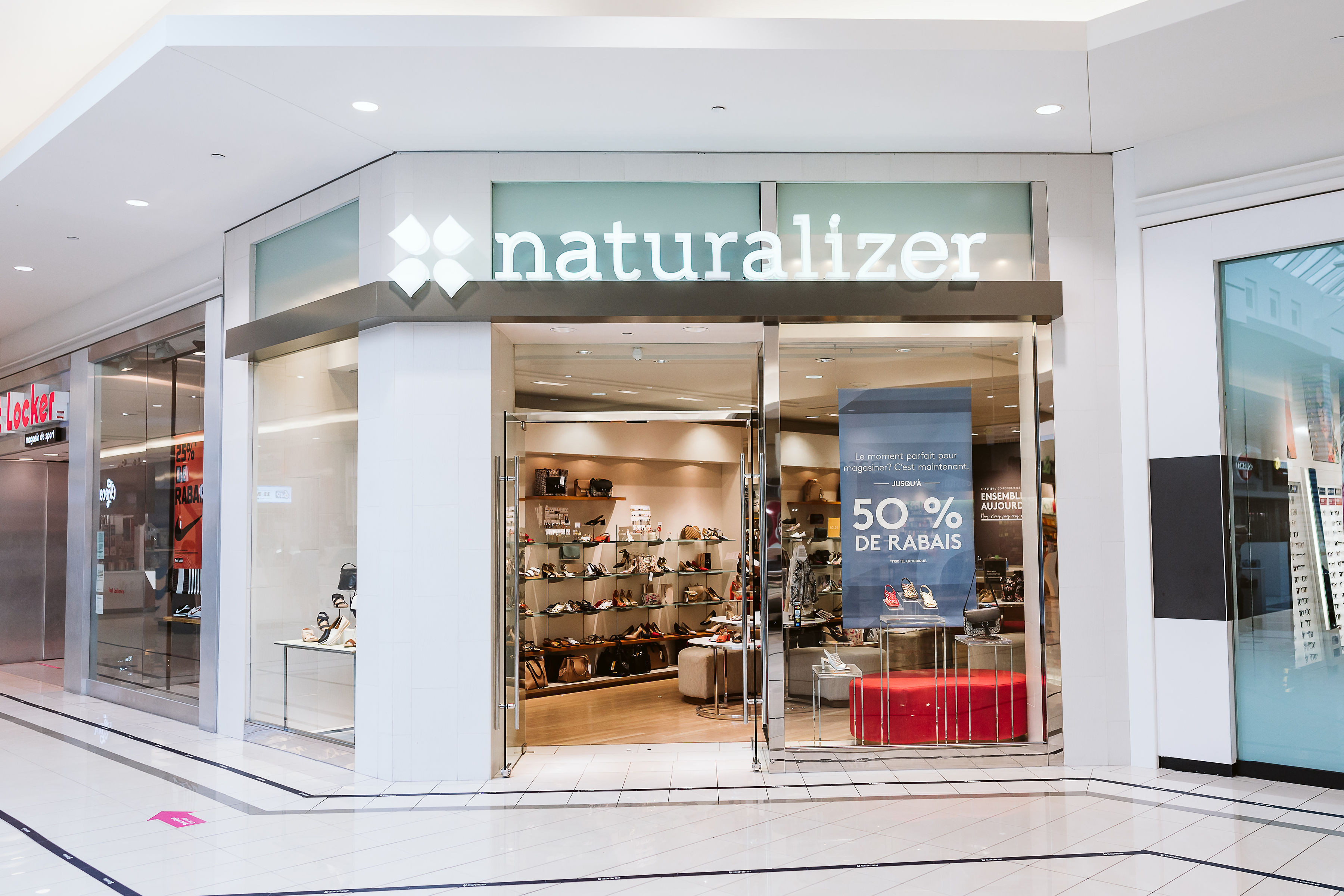 Naturalizer - Mail Champlain