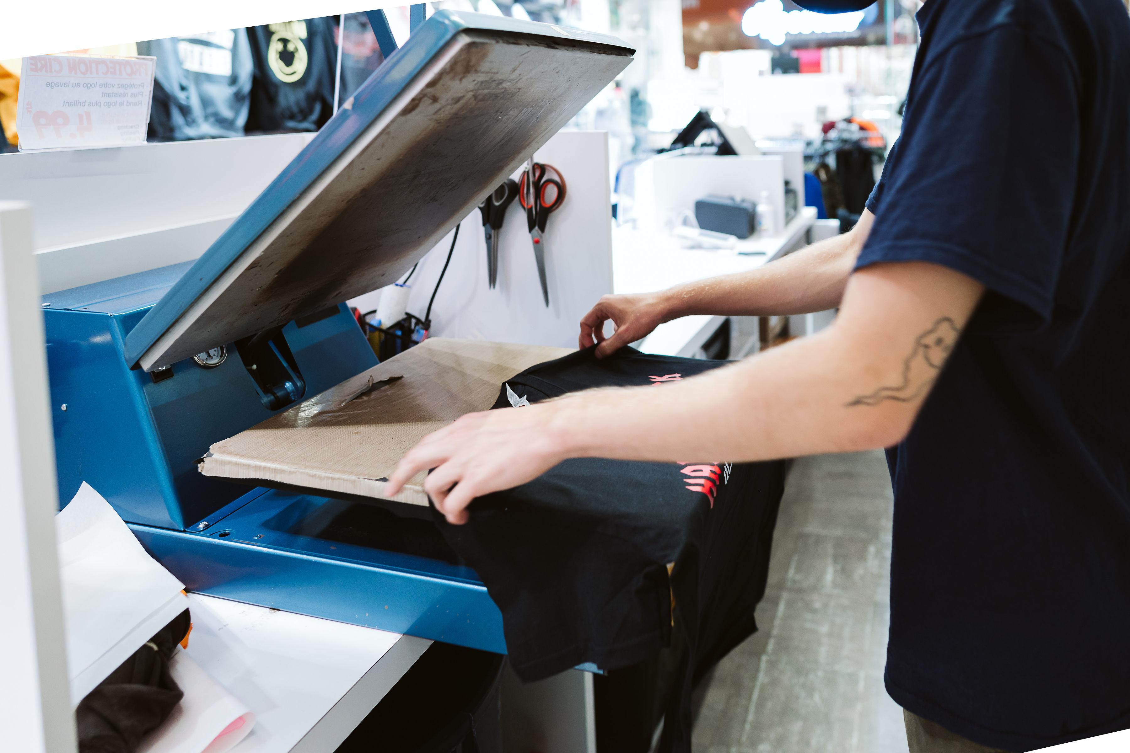 T-Shirt Pros - Mail Champlain