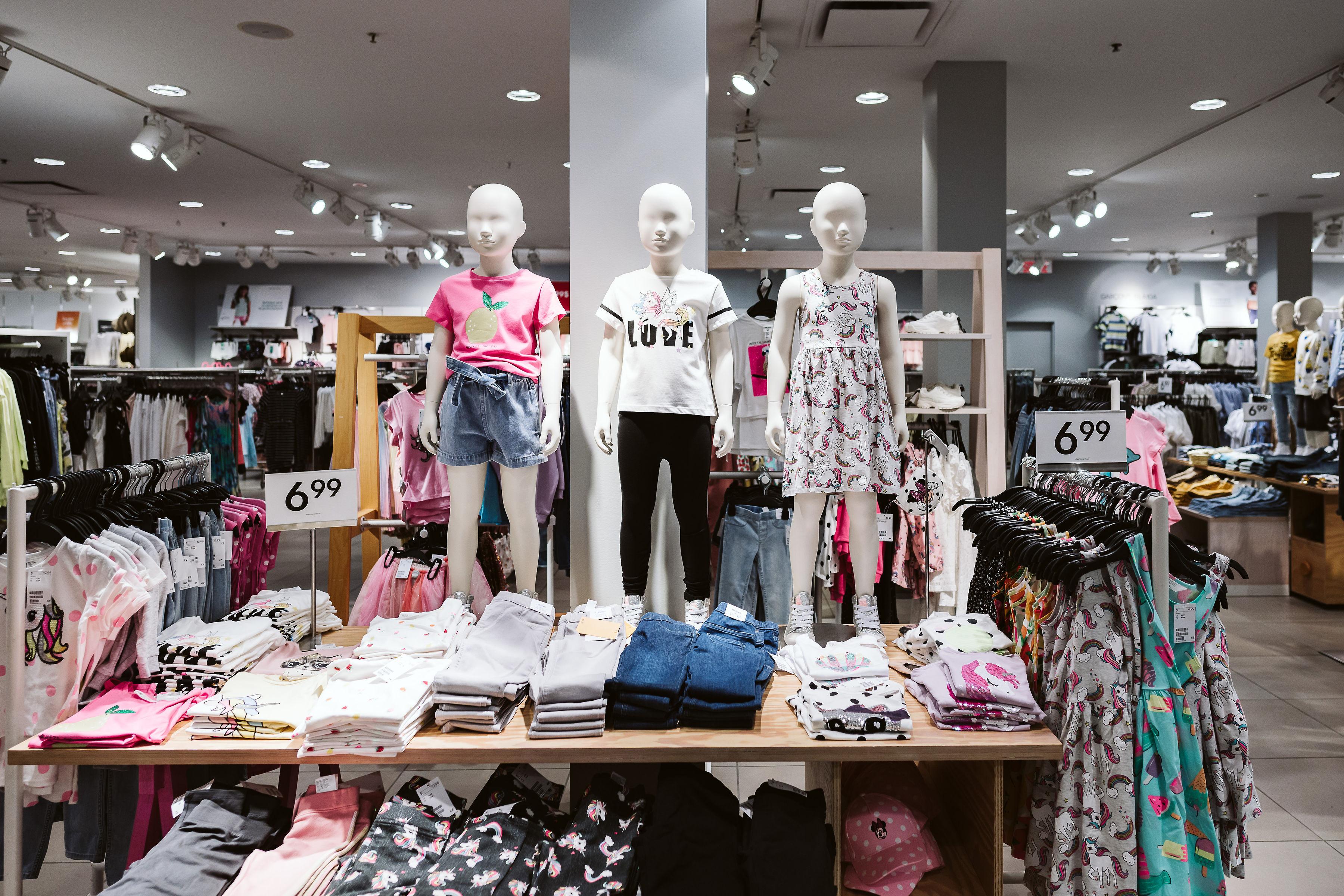 H&M- Mail Champlain