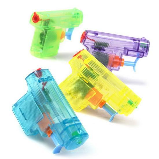 Mini fusils à eau, 4,99 $ chez Boutique Griffon