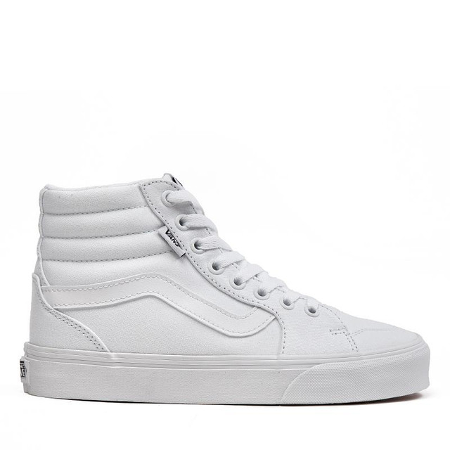 https://rubinoshoes.com/collections/all/products/113608-wht